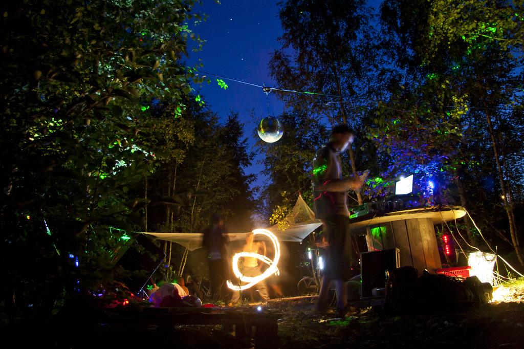 Outdoorparty mit Feuershow 2559.2