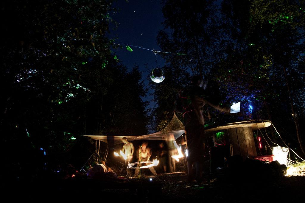 Party mit kleiner Feuershow  2558.3